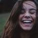Chica con dientes sanos